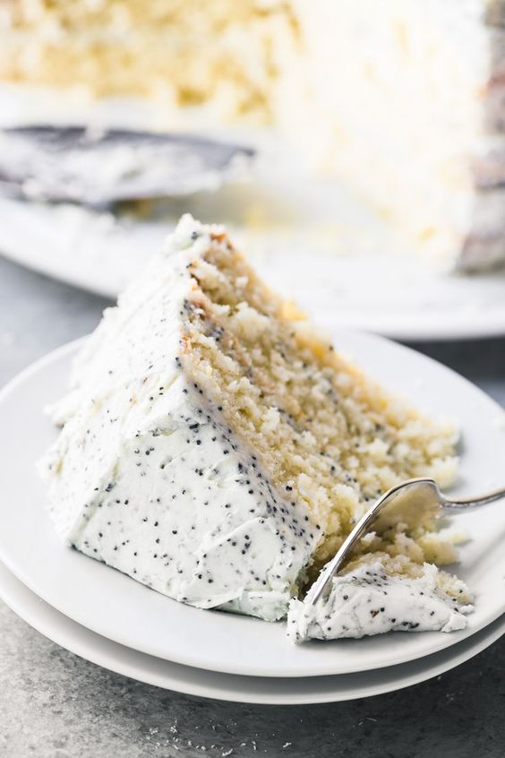 karrie bradshaw poppy seed cake